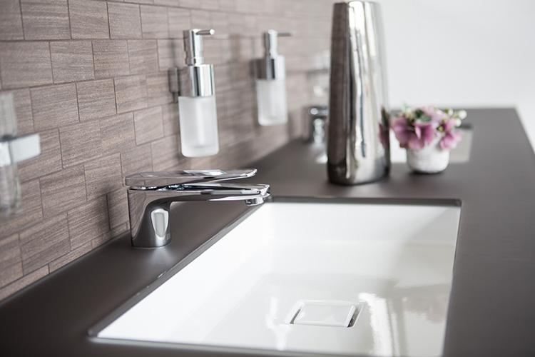 Badsanierung f dinger heizung bad gmbh for Badsanierung aus einer hand